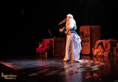 Sinterklaas en het Pieten Mysterie (4)